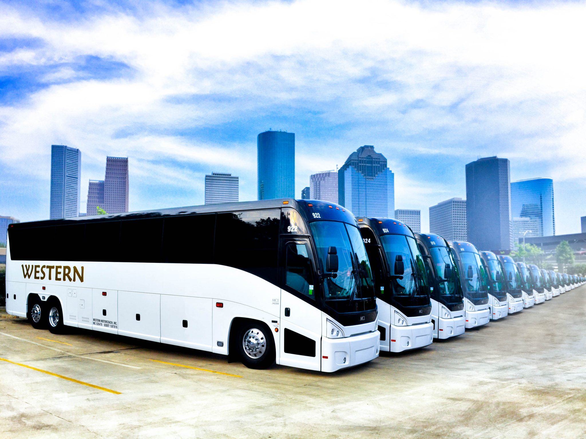 Western Motorcoch - Charter Bus Rental in Houston